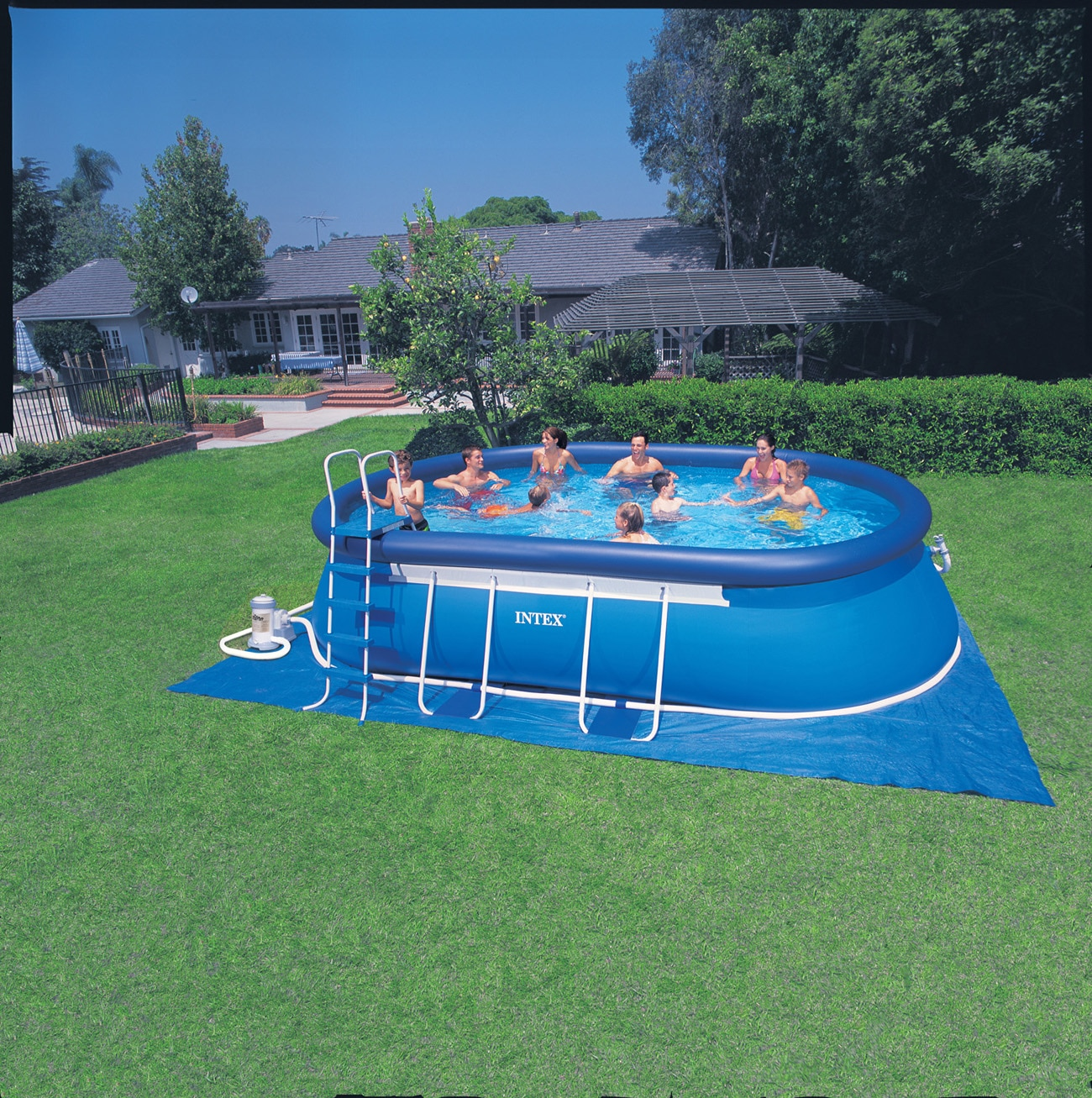 Intex Oval Frame Pool Set 610 x 366 x 122 cm